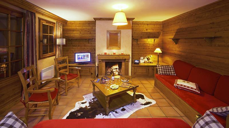 5 Rooms 10 People Authentics