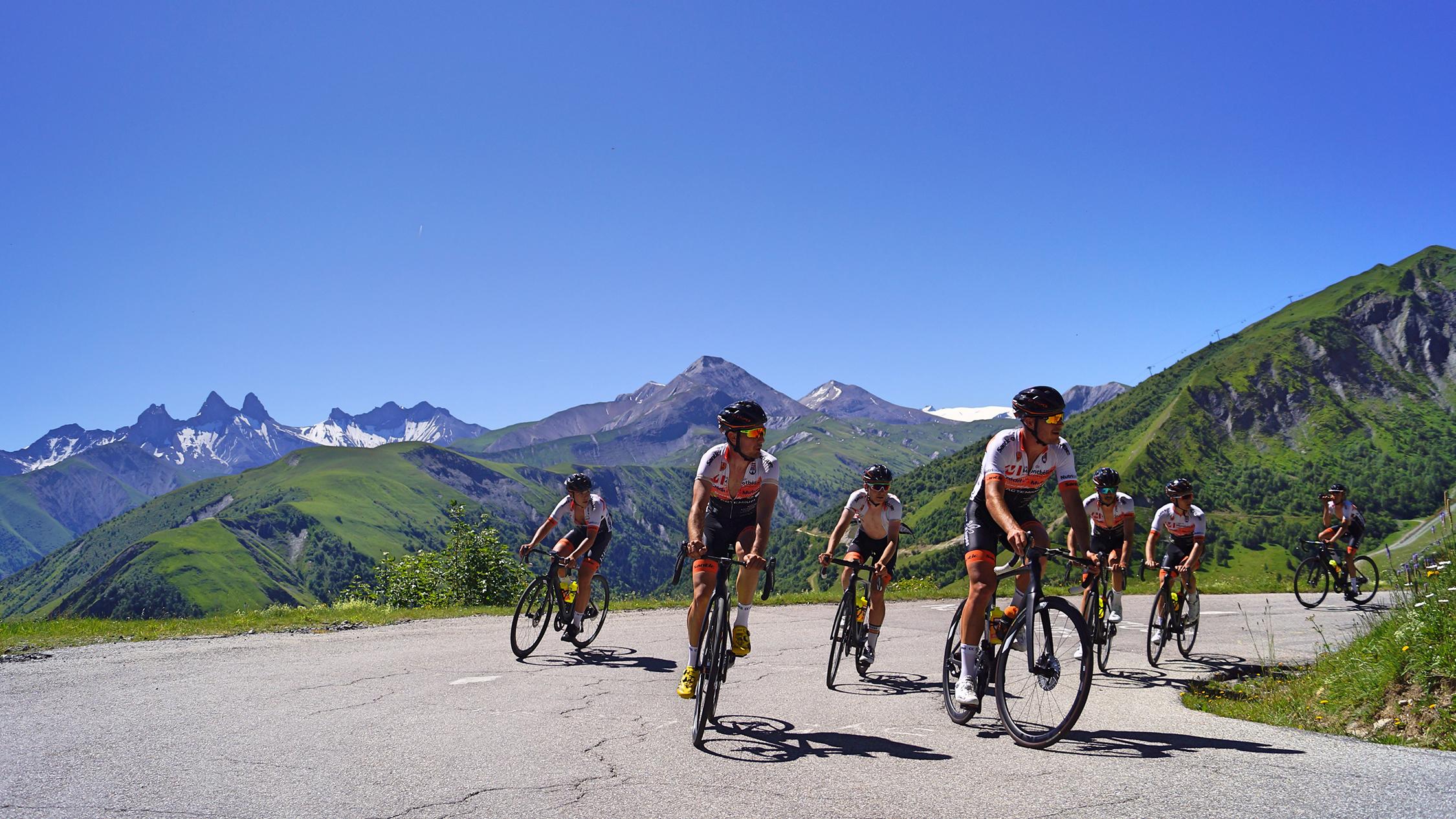 Cyclisme Trilogie de Maurienne - Arrivée finale - CGH Résidences