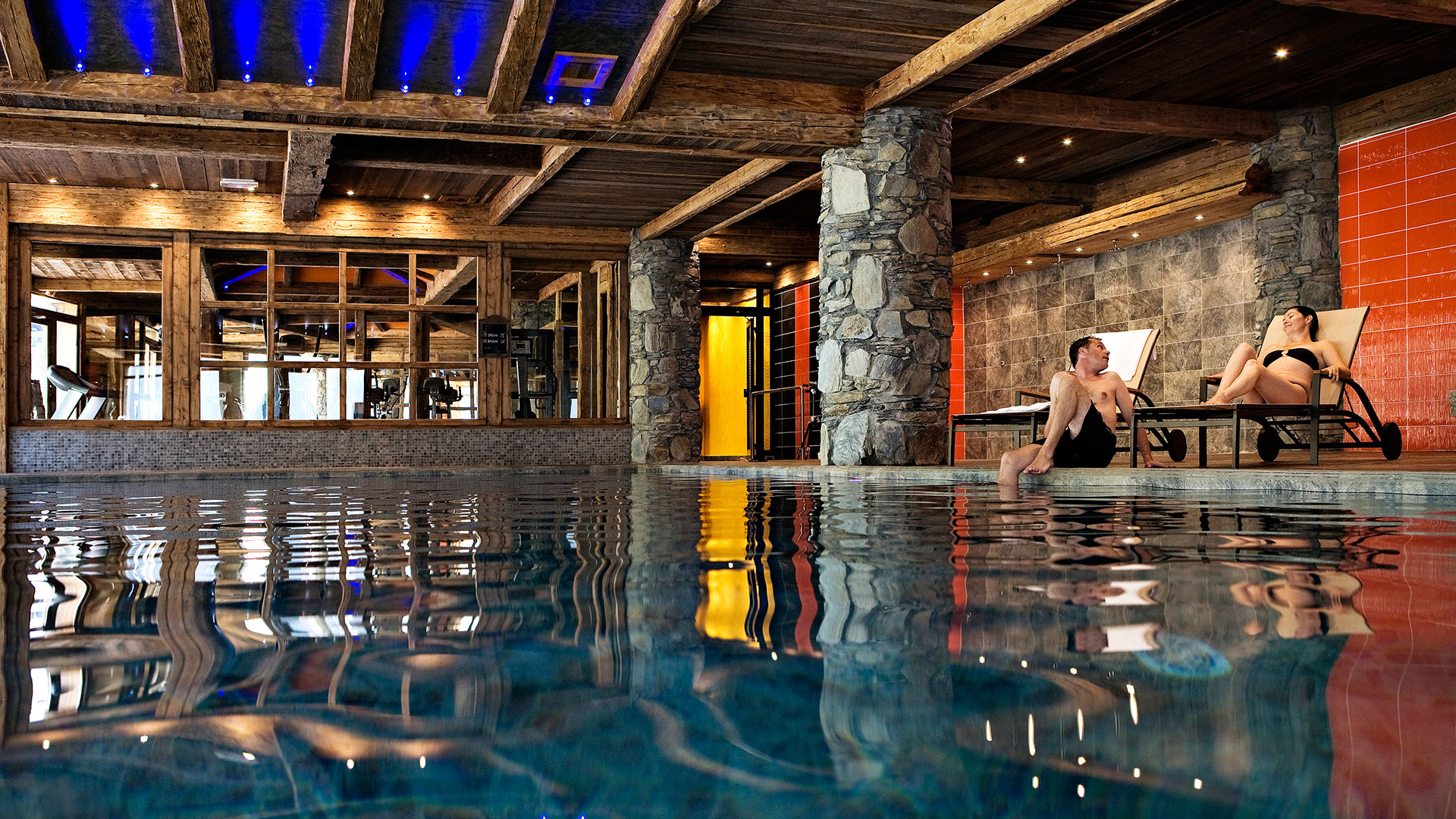 Le nevada ski apartment in tignes cgh residences for Les piscines