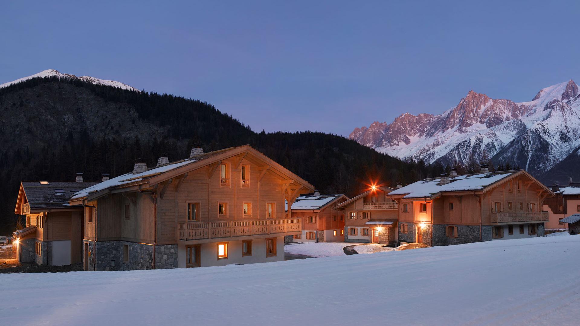 Extérieur hiver, Le Hameau de Pierre Blanche - CGH Résidences